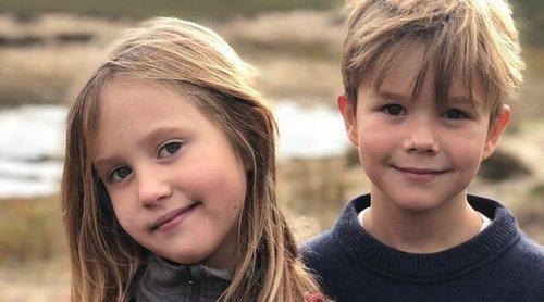 Los Príncipes Vicente y Josefina de Dinamarca se divierten en Legoland homenajeando a Mary de Dinamarca