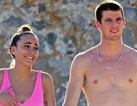 Aitana Ocaña y Miguel Bernardeau, dos tortolitos disfrutando de las playas de Ibiza