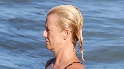 Ana Duato desconecta de sus problemas judiciales disfrutando de las aguas de Ibiza