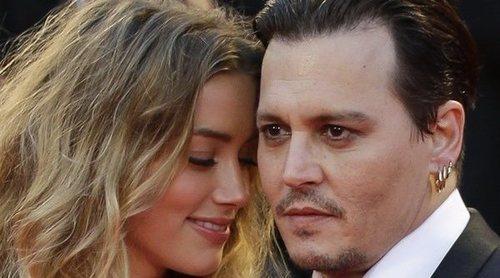 Johnny Depp enseña una imagen de una supuesta agresión de Amber Heard en 2015