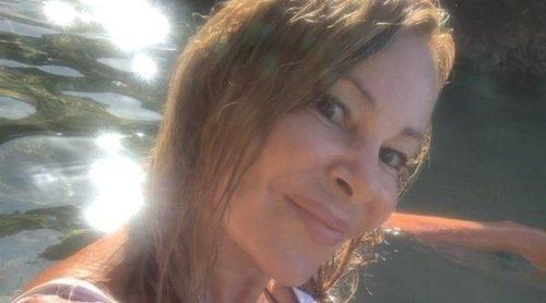 El posado más natural de Ana Obregón sin filtros y sin maquillaje