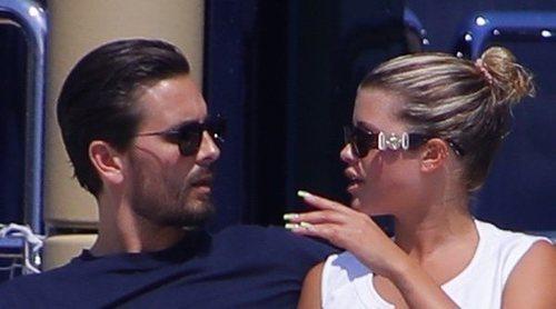 Sofia Richie y Scott Disick disfrutan de su amor en el Mediterráneo gracias a Kylie Jenner