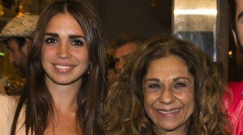 De tal palo, tal astilla: así es la estrecha relación que comparten Lolita y su hija Elena Furiase