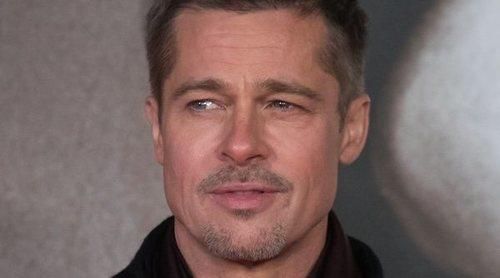 Brad Pitt disfruta de las misas dominicales impartidas por Kanye West