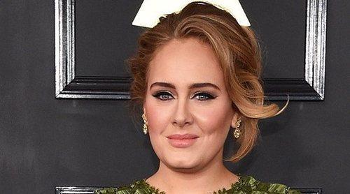 Adele pide el divorcio a Simon Konecki cinco meses después de su separación