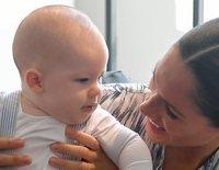 El Príncipe Harry y Meghan Markle comparten los momentos más adorables de su hijo Archie en Sudáfrica