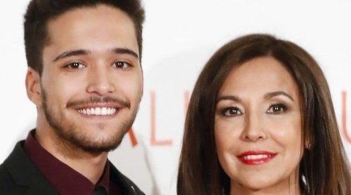 Isabel Gemio acude a una gala muy especial acompañada por su hijo Diego Manrique
