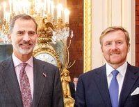 El emotivo reencuentro entre el Rey Felipe y el Rey Guillermo Alejandro de Holanda en La Haya