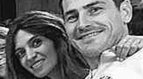 Iker Casillas y Sara Carbonero disfrutan entre amigos del buen tiempo de Oporto