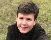 Christian de Dinamarca, un adolescente amante del tenis y los animales en el posado por su 14 cumpleaños