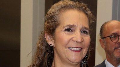La fugaz escapada de la Infanta Elena a Sevilla: trabajo y comida en un restaurante que tiene un postre con su nombre