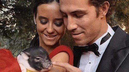 Victoria Federica regala su cerdo vietnamita a una granja escuela tras recibirlo como regalo de cumpleaños