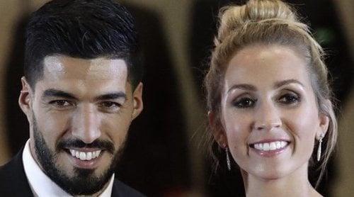 Luis Suárez y Sofía Balbi costearán la operación de 24.000 euros de una niña con mielomeningocele