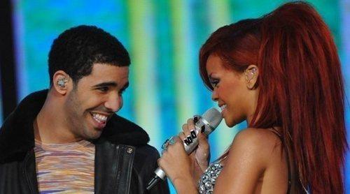 Drake invita a Rihanna a su fiesta de cumpleaños