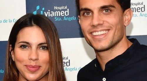 Melissa Jiménez y Marc Bartra se van a casa del hospital con su tercer hijo Max