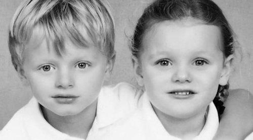 Charlene de Mónaco muestra la primeras imágenes escolares de sus hijos Jacques y Gabriella