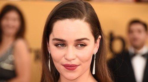 El agradecimiento de Emilia Clarke a los paramédicos que le llevaron al hospital cuando sufrió un aneurisma