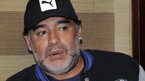 Diego Armando Maradona aclara que no se está muriendo y deshereda a su hija