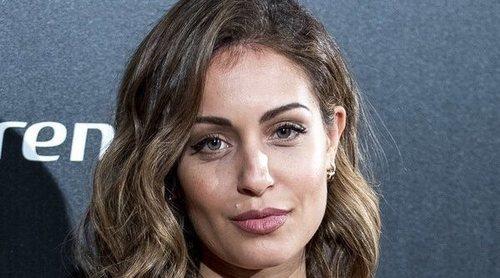 Hiba Abouk habla sobre su embarazo en un evento a favor de la infancia: 'No será hijo único'