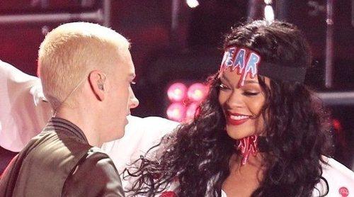 Sale a la luz la canción de Eminem en la que defendía a Chris Brown por maltratar a Rihanna