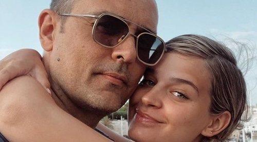 El sorprendente parecido de una mujer con Laura Escanes en una foto que lleva a confundir a Risto Mejide