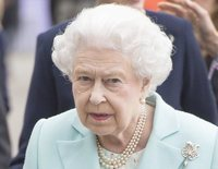 El error de la Reina Isabel con el Príncipe Andrés tras ser apartado de los actos oficiales