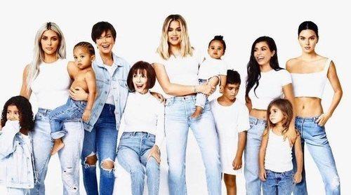 Las hermanas Kardashian-Jenner comparten tiernas fotografías de sus hijos por Acción de Gracias