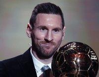 Leo Messi gana su sexto Balón de Oro ante el orgullo de Antonella Rocuzzo y sus hijos mayores