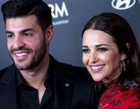 Miguel Torres se 'aficiona' a posar en la alfombra roja con Paula Echevarría y lo hace en la fiesta de In Style
