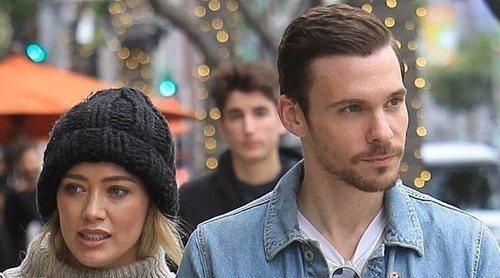Hilary Duff y Matthew Koma se dan el 'sí, quiero' en una íntima boda en su casa de Los Ángeles