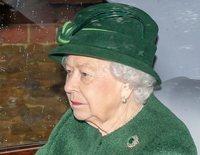 La Reina Isabel se rodea de sus familiares favoritos mientras espera el regreso del Duque de Edimburgo a Sandringham