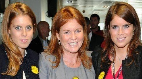 Sarah Ferguson, muy orgullosa de las Princesas Eugenia y Beatriz de York: 'Mis hijas son fuertes y firmes'