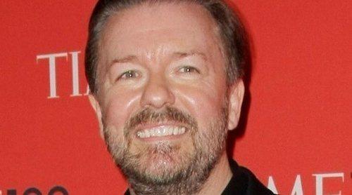 Ricky Gervais se defiende de las acusaciones de transfóbico por un comentario sobre Caitlyn Jenner