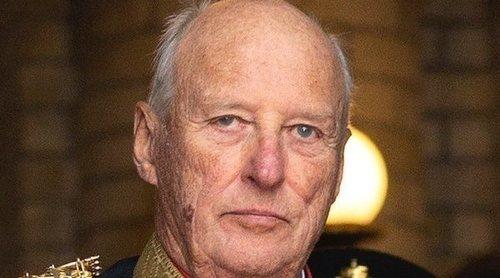 El mal momento de Harald de Noruega: dos dolencias en pocas semanas y una polémica