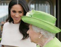 De la decepción a la Reina Isabel a la huida de Meghan Markle a Canadá en plena crisis de la Familia Real Británica