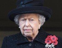La Reina Isabel convoca a los Príncipes Carlos, Guillermo y Harry a una reunión familiar urgente