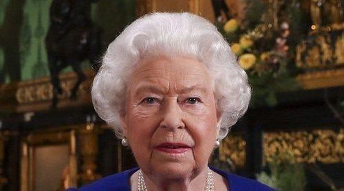 La Princesa Ana y el Príncipe Eduardo piden a la Reina Isabel que despida a su secretario privado por los escándalos