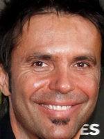 Robert Ramírez
