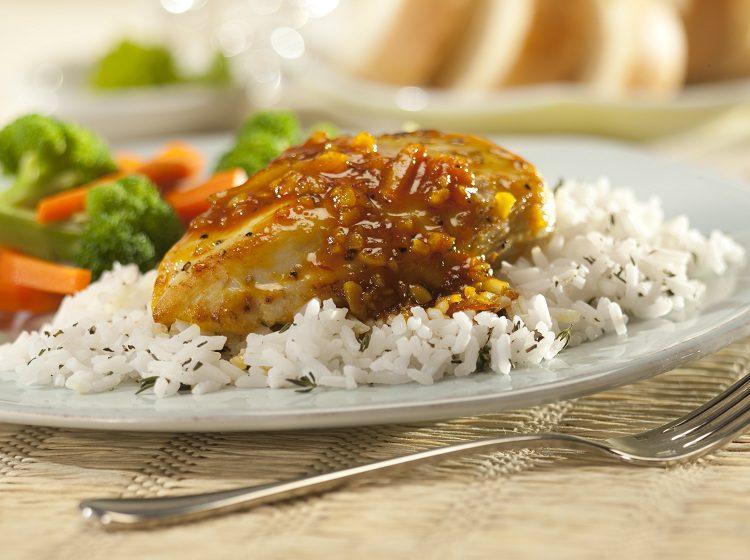 El pollo a la naranja es una receta de origen francés