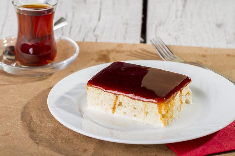 El pastel turco de yogur se asemeja a la tarta de queso