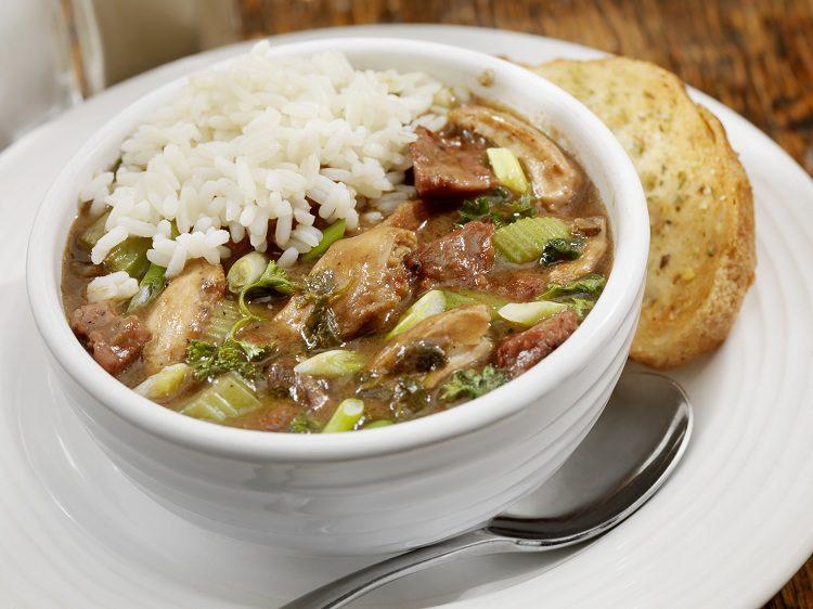 Se trata de un plato que tiene como ingrediente principal al arroz