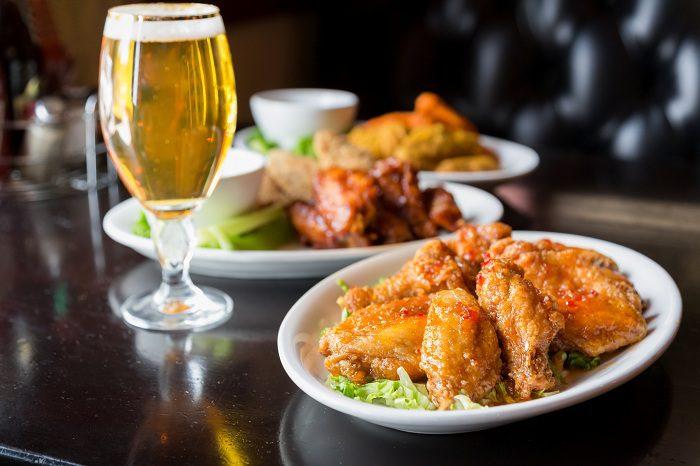 El pollo a la cerveza es una receta tradicional y muy popular