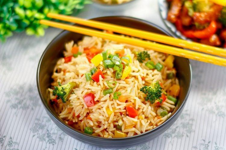 El arroz al estilo coreano es una receta muy sencilla de hacer que puedes elaborar sin ningún tipo de problema