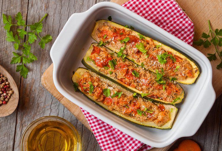Es fácil encontrar recetas donde aparezca hortaliza con carne picada o un popurrí de verduras salteadas