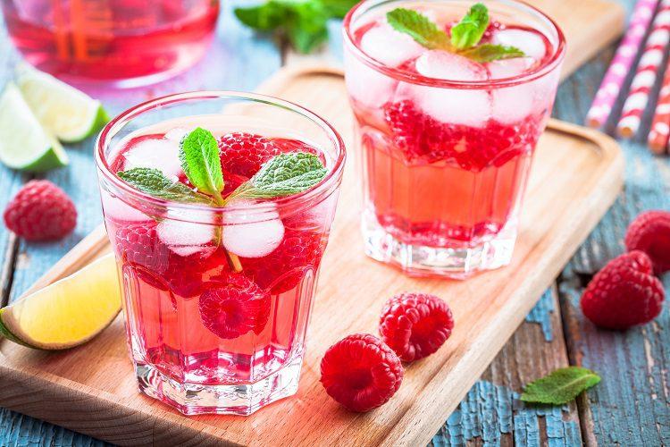 Esta receta es una bebida muy fácil de preparar y además no tardarás apenas nada de tiempo
