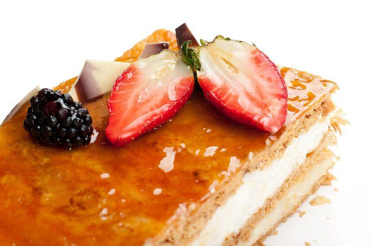 Se trata de un rico pastel holandés que cuenta con versión propia en otros países como Finlandia, Noruega, Dinamarca o el norte de América