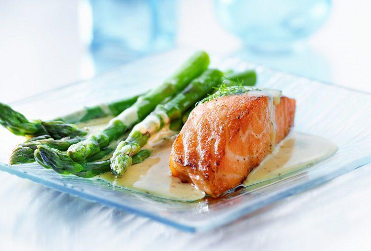 El salmón es uno de los pescados más sabrosos y nutritivos de la cocina