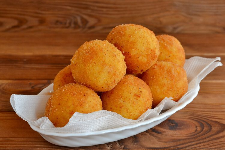 No hay mejor entrante o aperitivo que unas maravillosas croquetas de queso