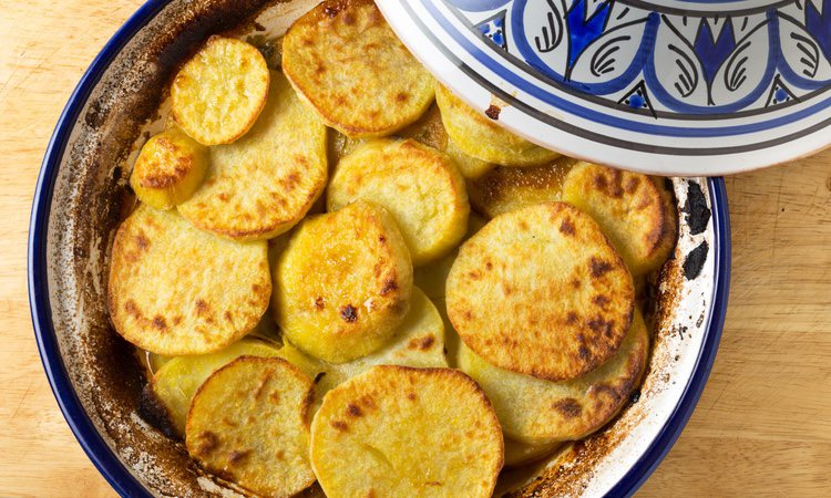 Las patatas escabechadas suelen servirse muy frías