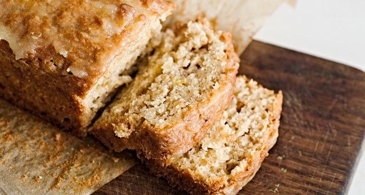 El bizcocho de harina de avena es una opción más saludable que la clásica, pero igual de fácil de preparar